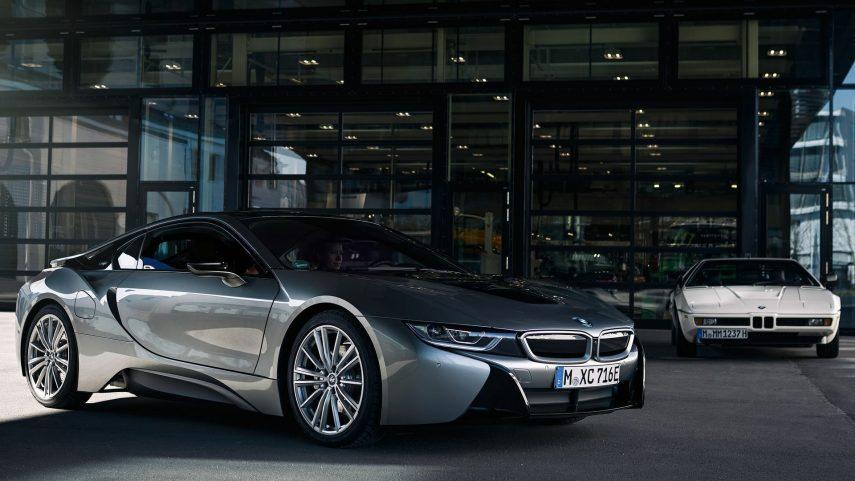 03 BMW i8 y BMW M1