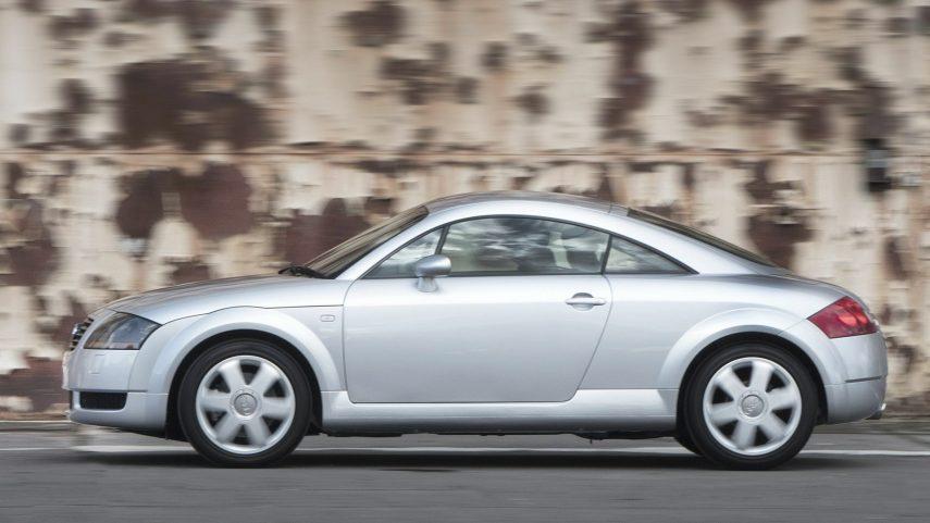12 Audi TT Coupe 8N