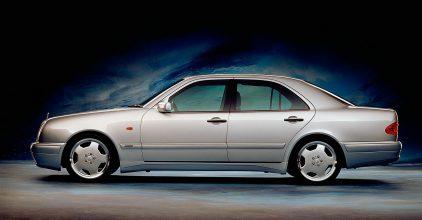 14 Mercedes Benz Serie E