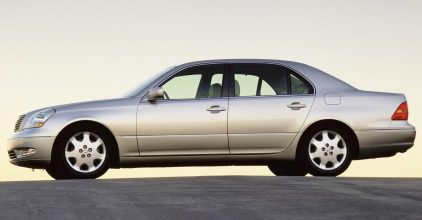 15 Lexus LS 430 UCF30