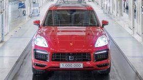 18 Porsche Cayenne GTS 1000000 2020