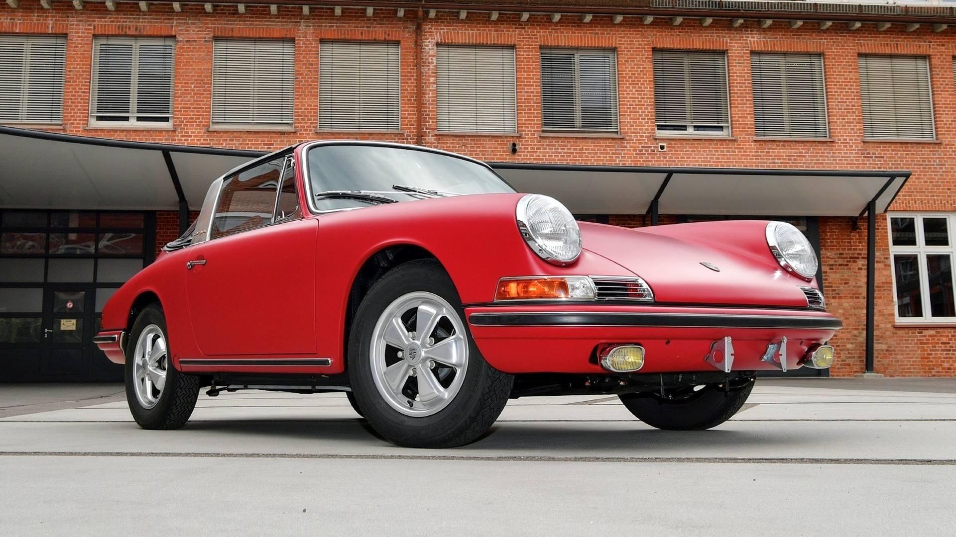 Este Porsche 911 S Targa de 1969 ha sido restaurado por la propia marca