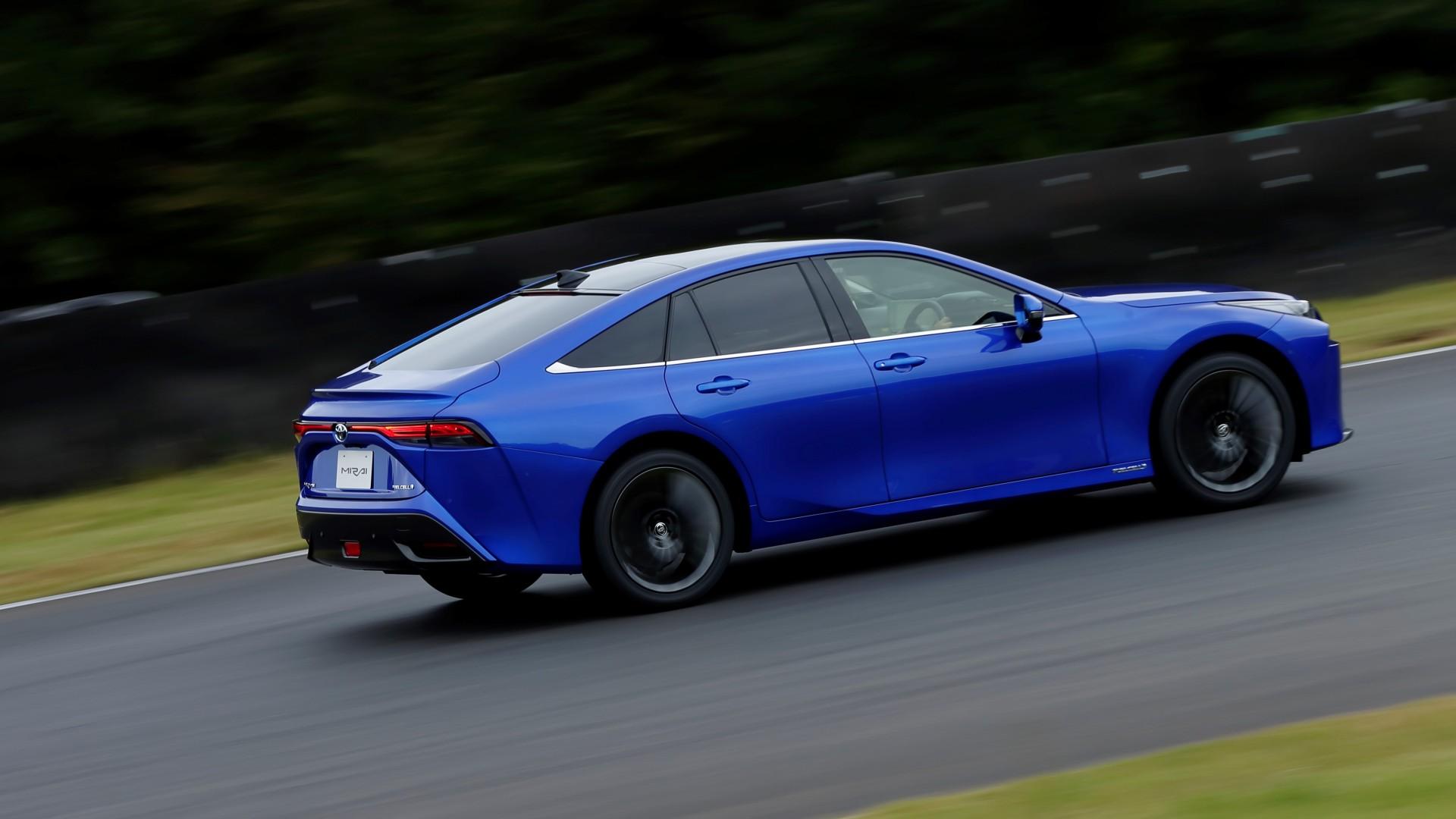 Toyota Mirai 2021 (6)