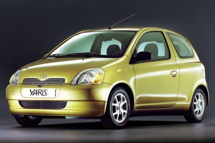 Toyota Yaris XP10 1999 3