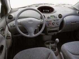Toyota Yaris XP10 1999 7