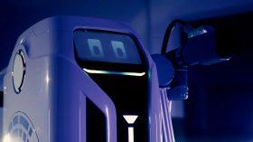 Volkswagen robot de carga móvil coche eléctrico (7)
