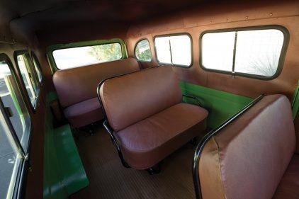 1953 International Harvester R 110 Travelall 2