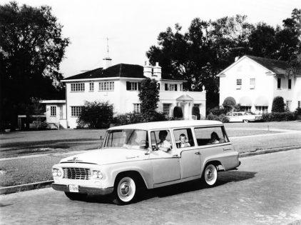 1961 International Harvester C 120 Custom Travelall
