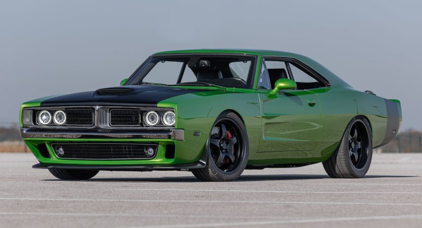 1969 Dodge Charger 2016 Challenger SRT Hellcat Restomod (1)