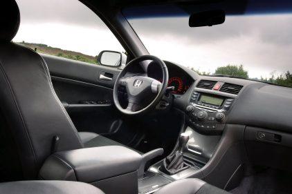 Honda Accord interior CL7 2003 3
