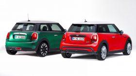 MINI Hatchback 2021 vs MINI Hatchback 2018 (2)