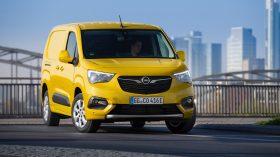 Opel Combo e Cargo 2021 (4)