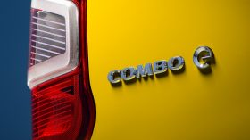 Opel Combo e Cargo 2021 (8)