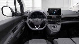 Opel Combo e Cargo 2021 (9)