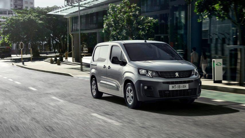 La Peugeot e-Partner 2021 quiere ser la furgoneta urbana idílica