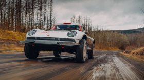 Singer ACS Porsche 911 964 Safari (44)