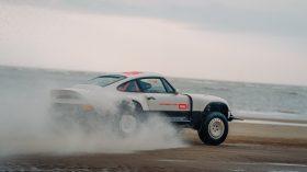 Singer ACS Porsche 911 964 Safari (5)