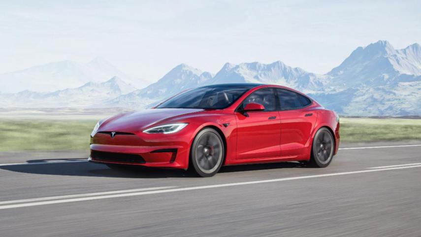 Tesla Model S 2021, cada vez más cerca de ser un avión de combate