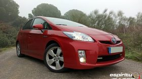 Toyota Prius CrossClimate 2020 01