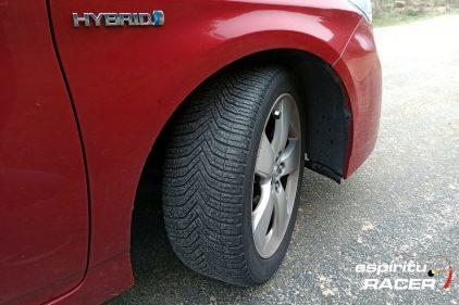 Toyota Prius CrossClimate 2020 08