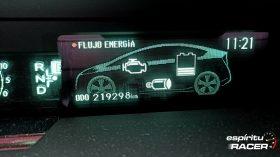 Toyota Prius CrossClimate 2020 16