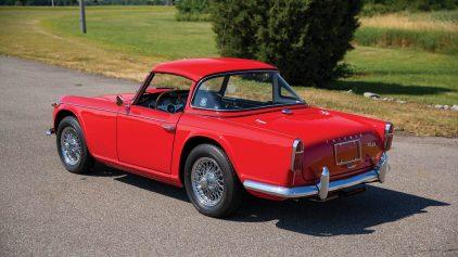 Triumph TR4A 1
