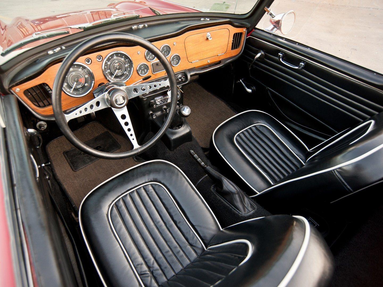 Triumph TR4A 2