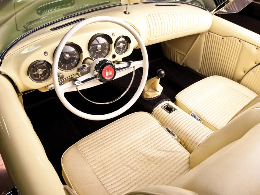 1954 Kaiser Darrin Sport Convertible 4