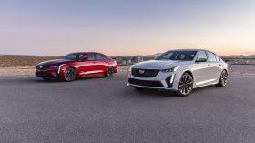 2022 Cadillac CT4 V y CT5 V Blackwing (1)