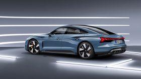 Audi e tron GT quattro 2021 (27)