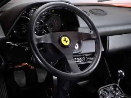 Ferrari 208 GTB Turbo 2