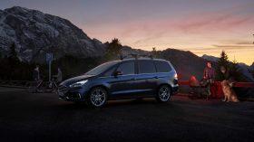 Ford Galaxy Hybrid 2021 (3)