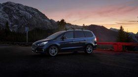 Ford Galaxy Hybrid 2021 (4)