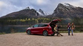Ford S Max Hybrid 2021 (8)