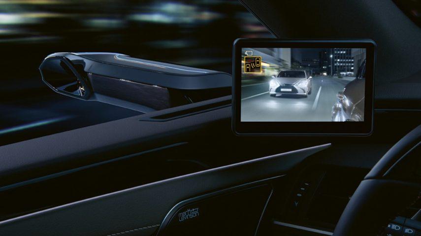 Lexus ES 300h 2021 (4)