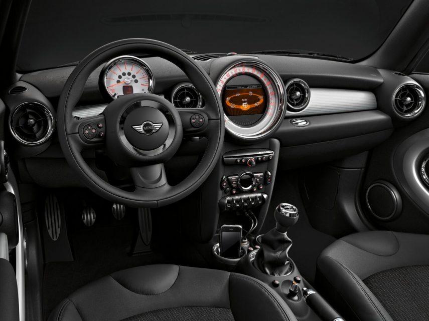 MINI Cooper R56 2010 4
