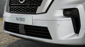 Nissan NV300 Combi 2021 (19)