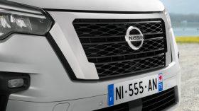 Nissan NV300 Combi 2021 (20)