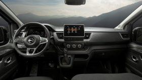 Nissan NV300 Combi 2021 (32)