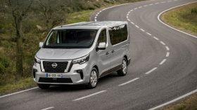 Nissan NV300 Combi 2021 (6)