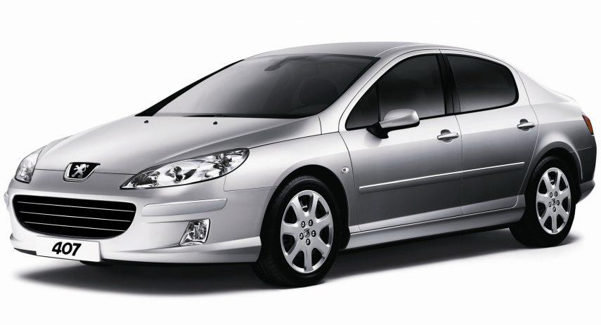 Peugeot 407 chatarra 1