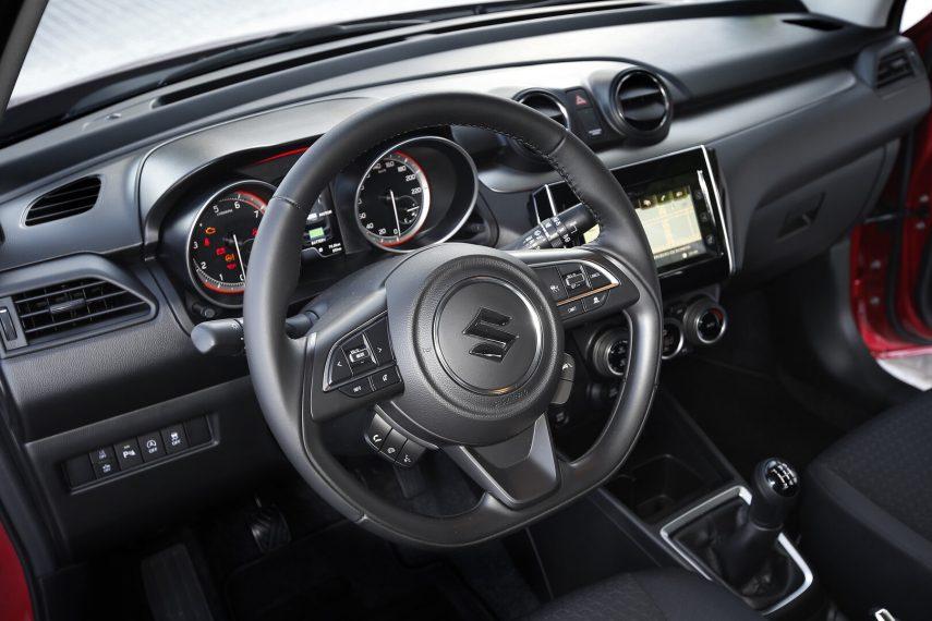 Suzuki Swift Hybrid 4