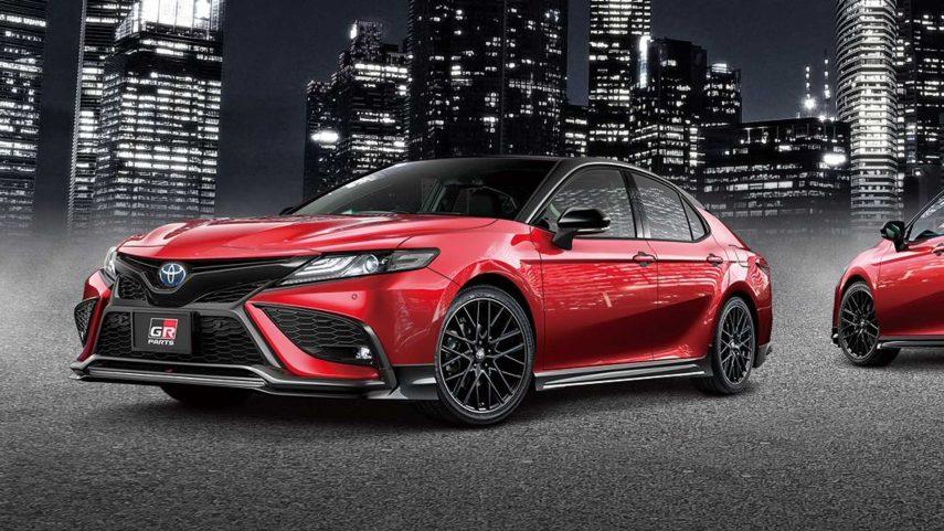 El Toyota Camry (JDM) recibe un extra de atractivo visual más racing