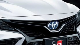 Toyota Camry GR Parts Tuning 2021 (3)