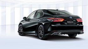 Toyota Camry Modellista Tuning 2021 (3)