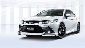 Toyota Camry Modellista Tuning 2021 (6)