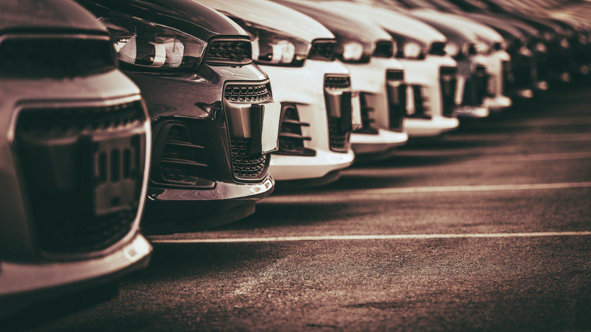 Las ventas de coches en enero de 2021 se derrumban de forma estrepitosa