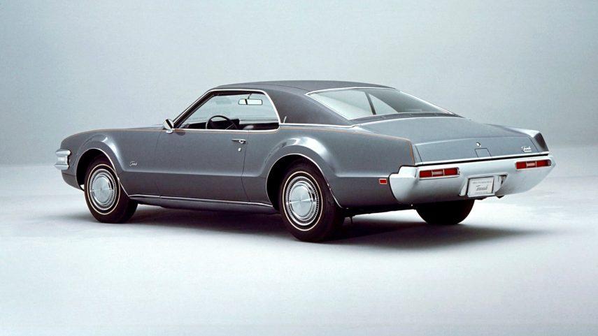 1969 Oldsmobile Toronado 1