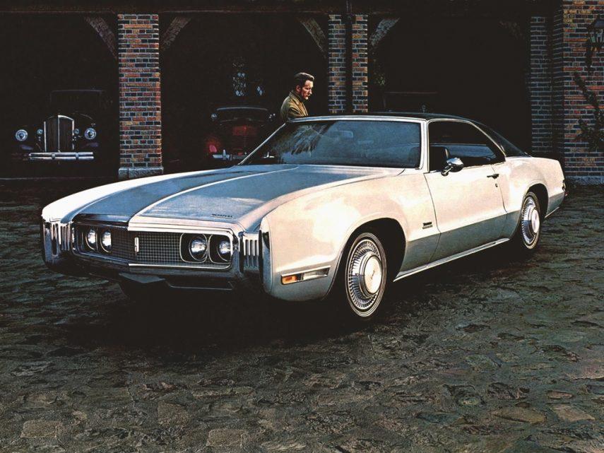 1970 Oldsmobile Toronado 1