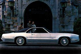 1970 Oldsmobile Toronado 3